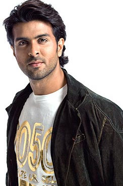 harman baweja height